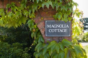 Magnolia Cottage (Heathfield Estate)