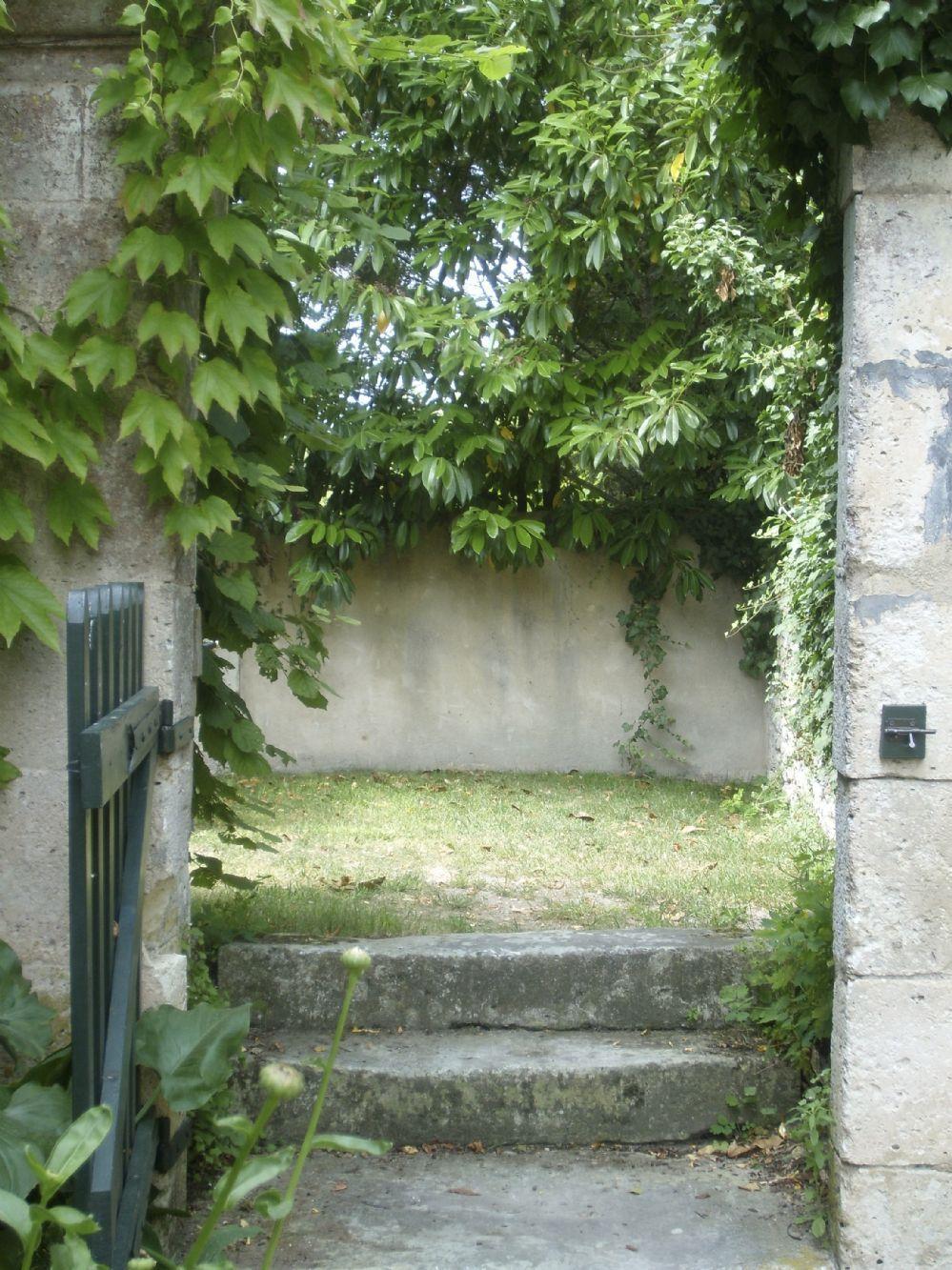 Side gate to garden..