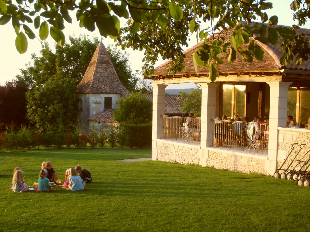Summer evenings at Longeveau..