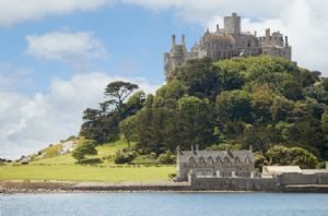 Explore picturesque St Michael's Mount
