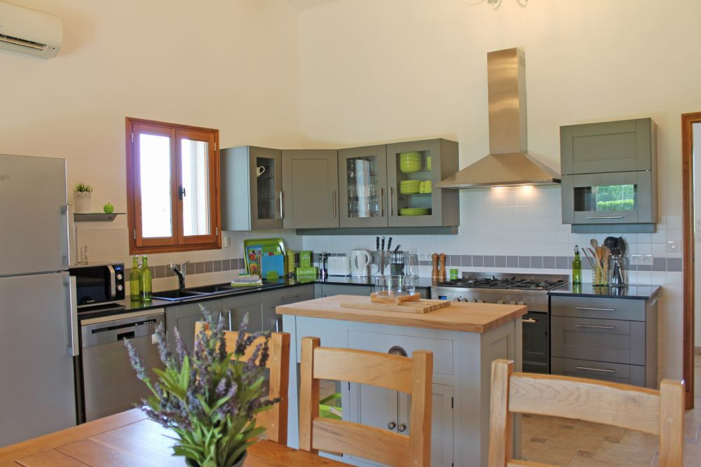 The kitchen / diner..