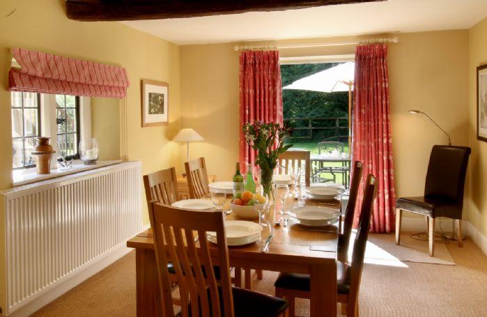 Ground floor: Dining room, leading onto the garden