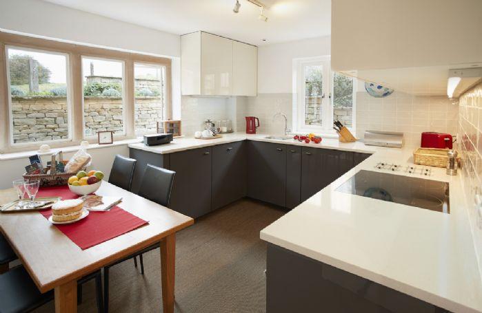 Ground floor: Kitchen dining room