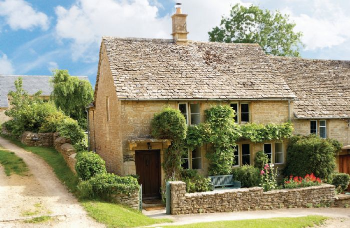 Jasmine Cottage with accommodation for 3 Guests is a 300-year-old, end of terrace, Cotswold stone cottage in the quiet, unspoilt village of Windrush just 4 miles from Burford