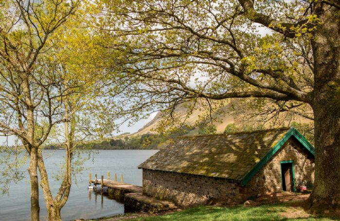 Boathouse with private jetty