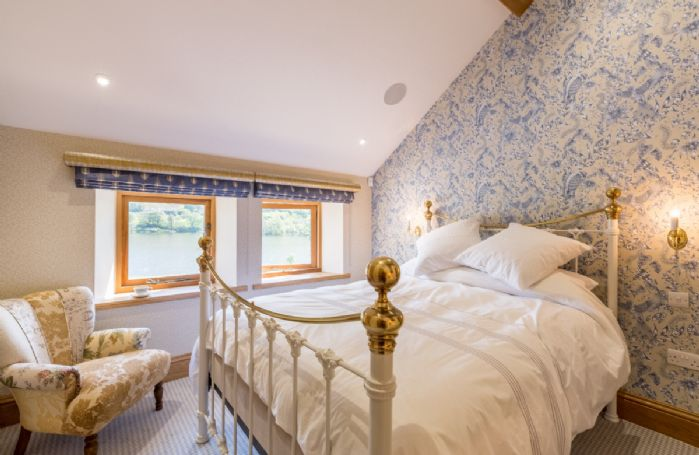 The Great Barn: Loadpot - Lake View bedroom with 4'6 double bed and en-suite natural stone shower room with walk in monsoon and raindrop shower