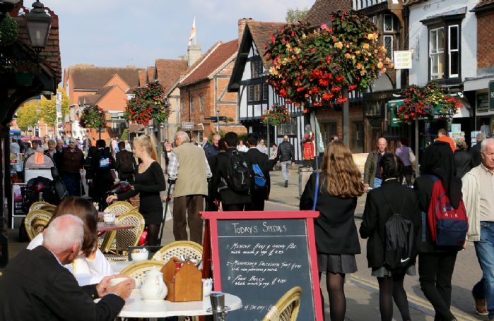 Stratford-upon-Avon town centre, steeped in history and offering many delightful places to eat, drink and shop