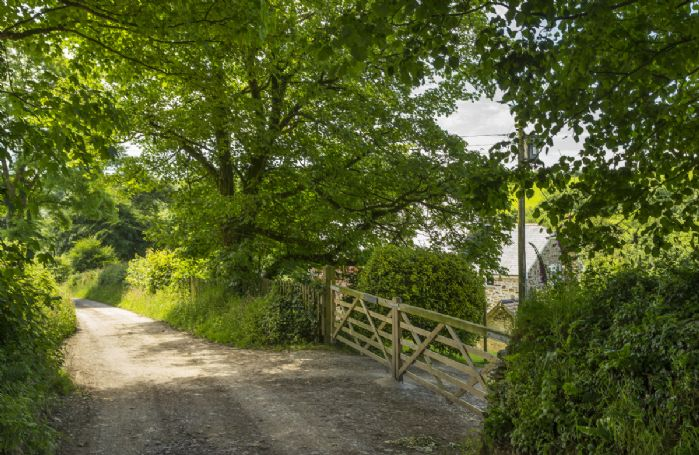 Country roads bring you to the gates of Bittadon Cottages