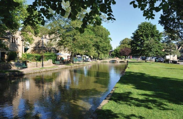 Bourton on the Water can be reached within 20 minutes from the property