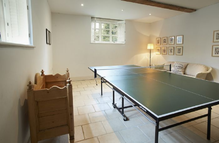 The Coach House: Ground floor games room with table tennis.