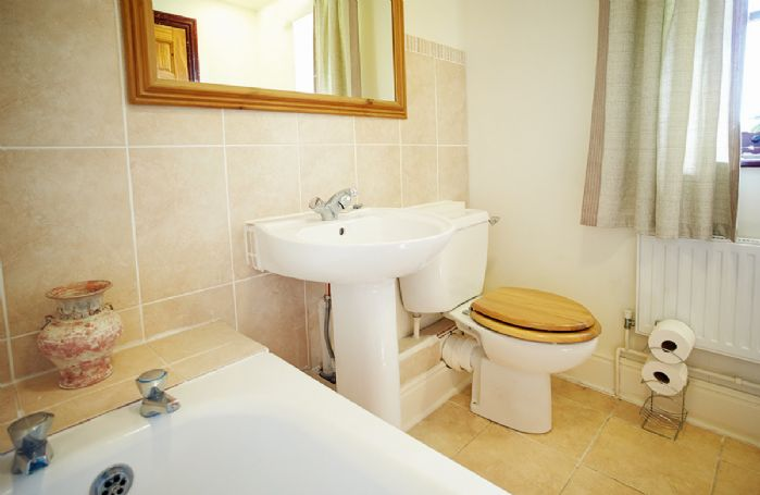Ground floor: En-suite bathroom with shower