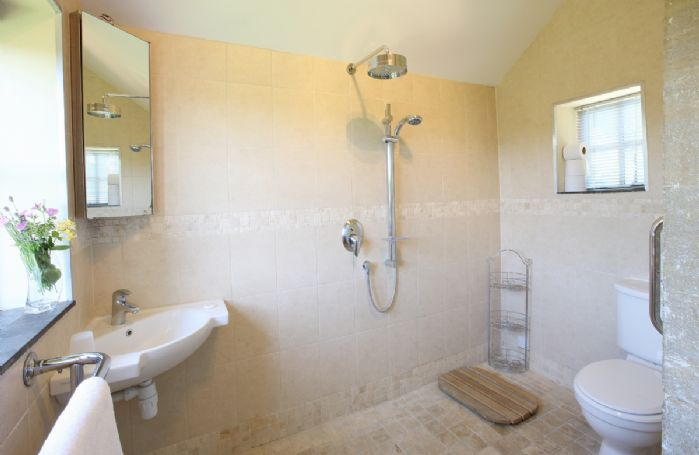 Ground floor:  Walk-in wet room with wc