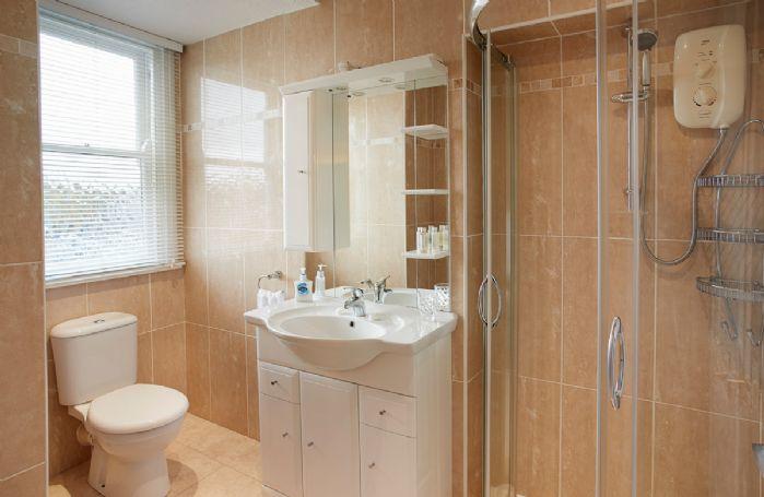 Second floor: Shower room