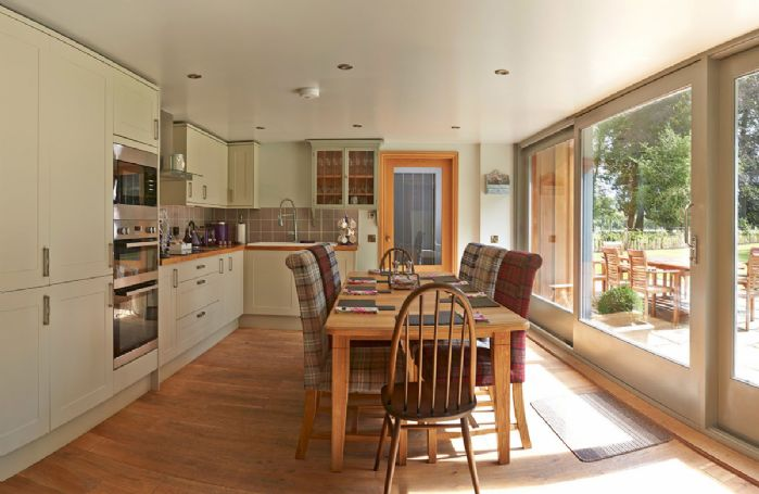 Ground floor: Open plan kitchen dining room