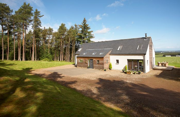 Green Neuk: on an elevated position overlooking the Laich o Moray, enjoys far-reaching, spectacular views of the Moray Firth coastline and beyond