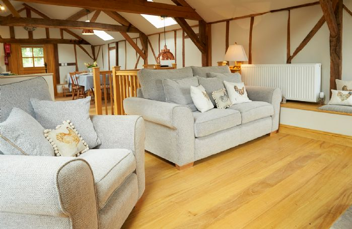 Take a virtual tour of Barn at Cullis Croft