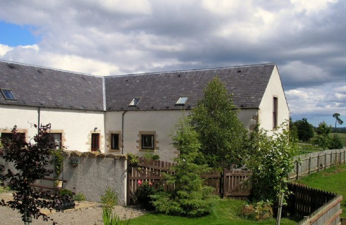 This pretty and popular little complex with three linked cottages; Red Kite Cottage, Dolphin Cottage and Mackenzie Cottage are located just outside Killen in Ross-shire, about 15 minutes' drive into the countryside from the cosmopolitan city of Inverness
