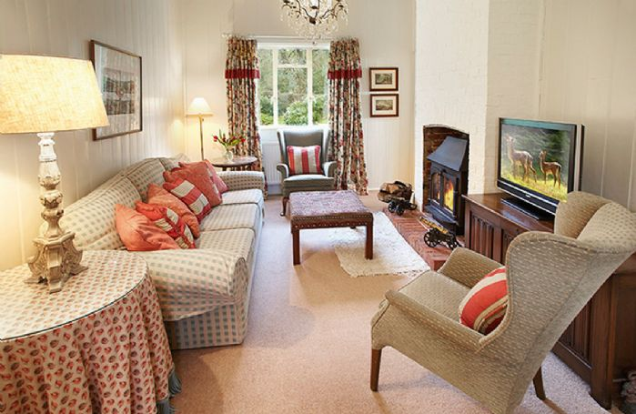 Ground floor:  Sitting room with adjoining dining area