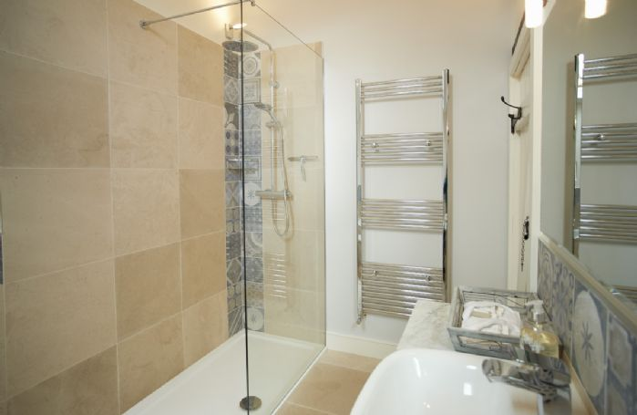 First floor: High Cup Nick en-suite bathroom and separate rainfall shower