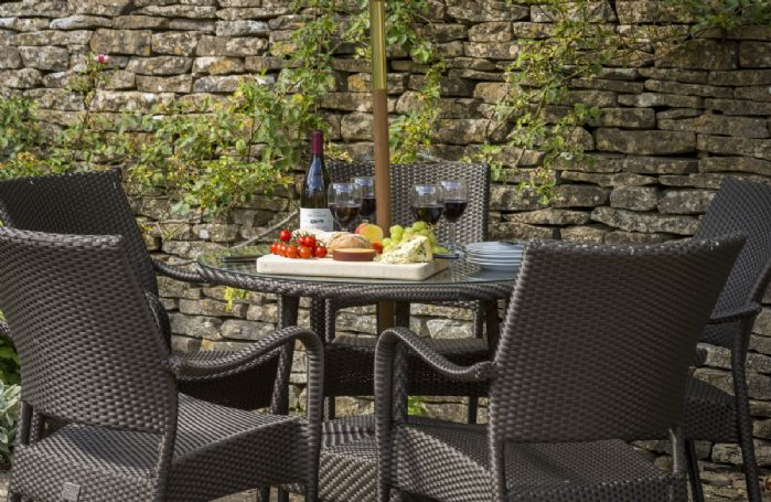 Enjoy alfresco entertaining in the garden
