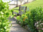 Communal gardens/benches  Knipe Point