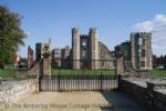 Thumbnail Image - Cowdray House ruins, Midhurst