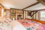 First floor:  Master bedroom with 6'5 bed and en-suite shower room