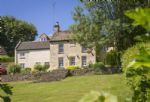 Catalpa Cottage is a detached cottage providing holiday accommodation for five guests, a 3-minute walk from the centre of Tetbury, an attractive market town with a good selection of small shops, pubs and restaurants