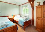 Ground floor:  Twin bedroom with 3' singles