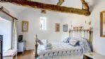 Jimmy's Barn Bedroom - StayCotswold