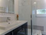 Sparkling brand-new shower room - spacious shower enclosure