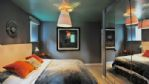 The Curved House Double Bedroom - StayCotswold