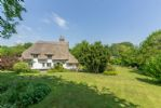 Thatchers Cottage has a beautiful cottage garden to the rear