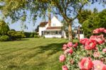 The property has a beautiful garden and is a peaceful countryside retreat