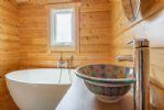Ground floor: Elegant bathroom with Moroccan basin