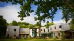 The Curved House - StayCotswold