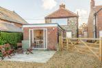 Pebble Cottage: Rear elevation