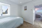 First floor: Single bedroom