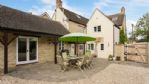 Pear Tree House Outdoor Dining Area - StayCotswold