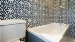 Meadow Cottage Bathroom - StayCotswold