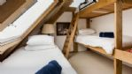 Great Moor Lake House Triple Bedroom - StayCotswold
