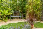 The Reading Room Garden - StayCotswold