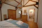 Thumbnail Image - Apple Barn principal bedroom and ensuite
