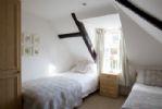 Top floor twin room