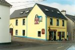 Maire Rua Apartment 1, Clare, Sleeps 7, Kilfenora (West)