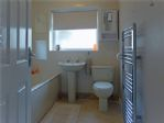 Bathroom - double-glazing - heated towel rail - airing cupboard