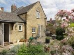 Upfront,up,front,reviews,accommodation,self,catering,rental,holiday,homes,cottages,feedback,information,genuine,trust,worthy,trustworthy,supercontrol,system,guests,customers,verified,exclusive,Campden Cottages trading division of Campden Housekeepers Ltd.,,image,of,photo,picture,view