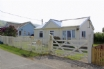 Detached beach chalet in a prime location