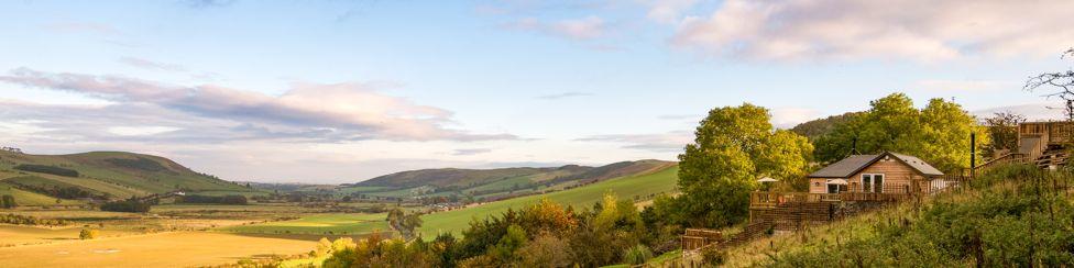 Pennine Way Cottage - banner image