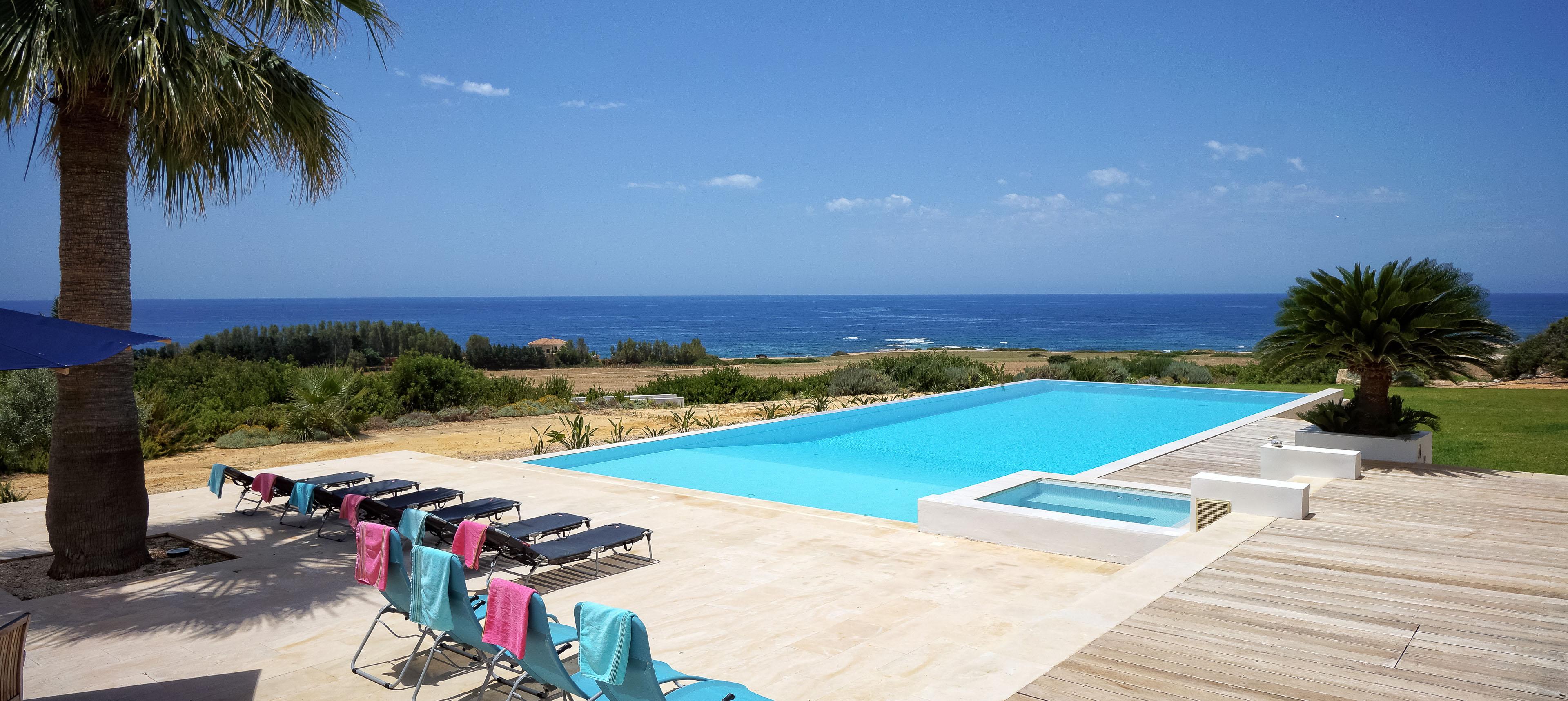 Cyprus Holiday Villa 75007